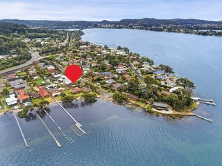 17 Noonan Point Avenue Point Clare , NSW, 2250