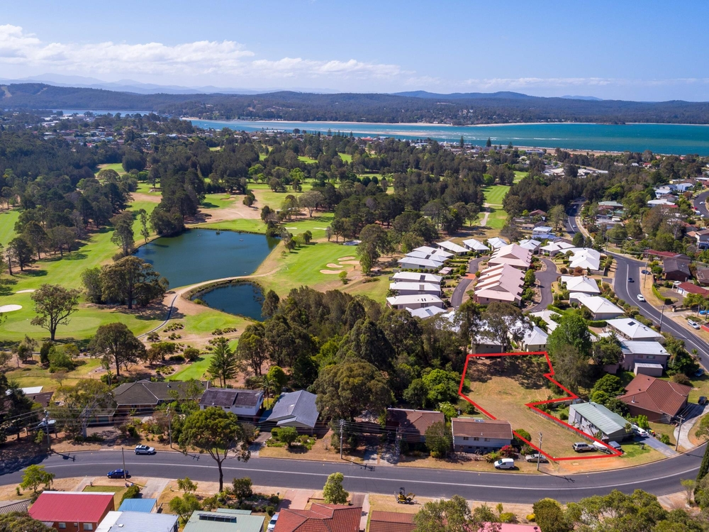 50 Country Club Drive Catalina, NSW 2536