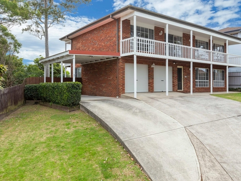 16 Bronte Crescent Sunshine Bay, NSW 2536