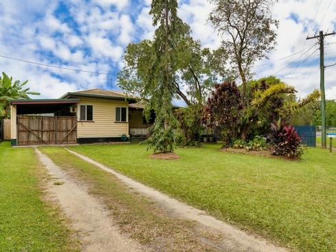 19 Foxton Avenue Mossman, QLD 4873