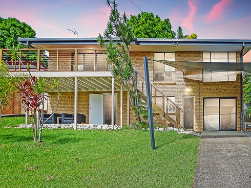 10 Cominan Avenue Banora Point, NSW 2486