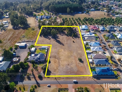 290 Prinsep Street North Collie, WA 6225