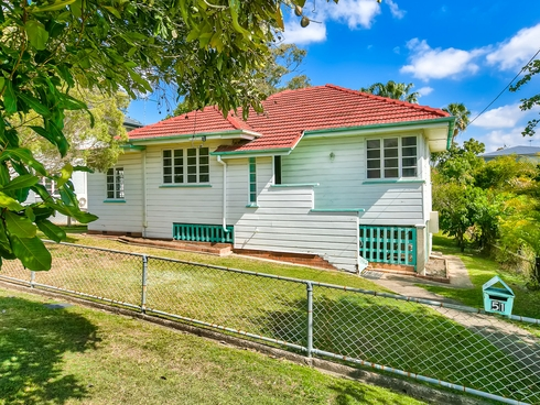51 Herbert Street Camp Hill, QLD 4152