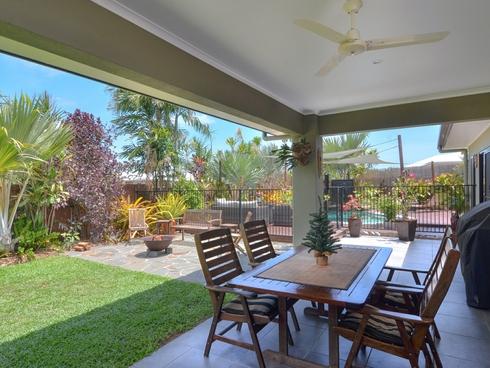 8 Julaji Close Cooya Beach, QLD 4873