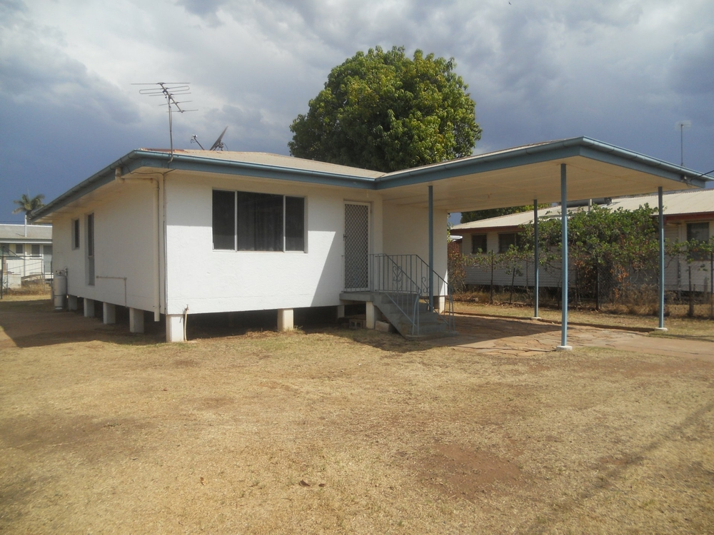 37 Sunset Drive Mount Isa, QLD 4825