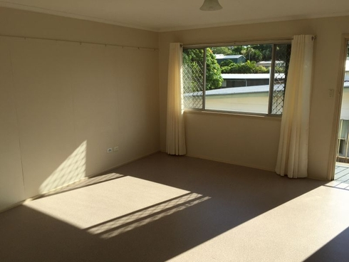 Unit 2/11 Slater Avenue Lawnton, QLD 4501
