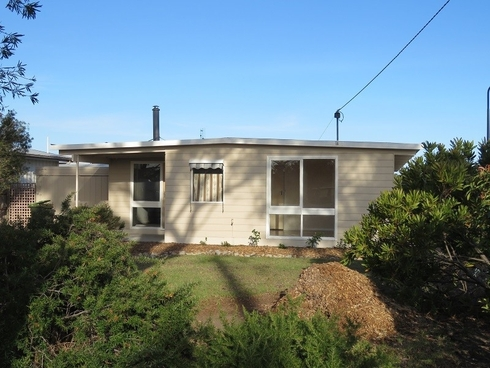 97 Bay Road Eagle Point, VIC 3878