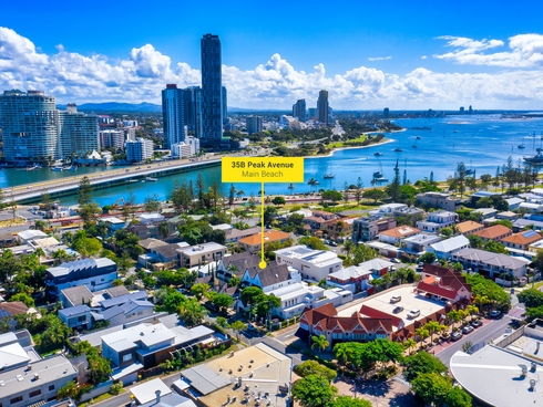 2/35 Peak Avenue Main Beach, QLD 4217