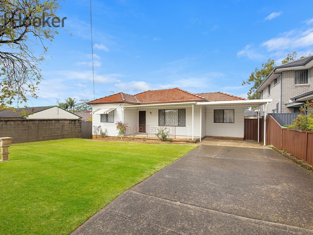 8 Burton Avenue Chester Hill, NSW 2162