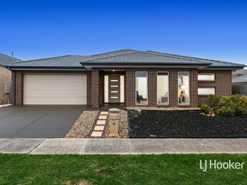 19 Boxgrass Street Point Cook, VIC 3030