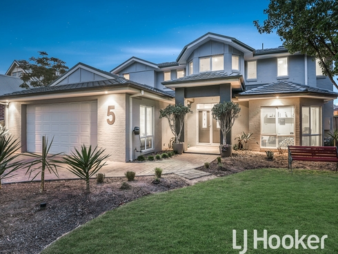 5 Woodcutters Place Narre Warren South, VIC 3805