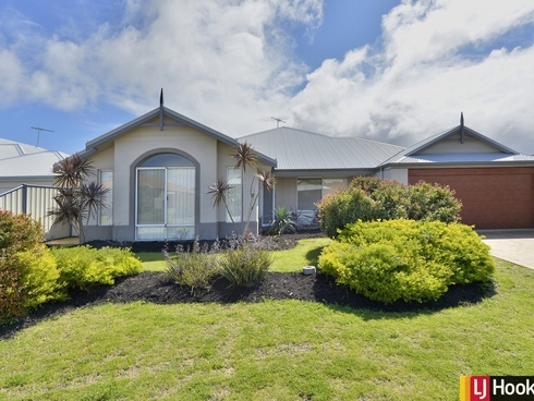 40 Grandmere Parade Meadow Springs, WA 6210