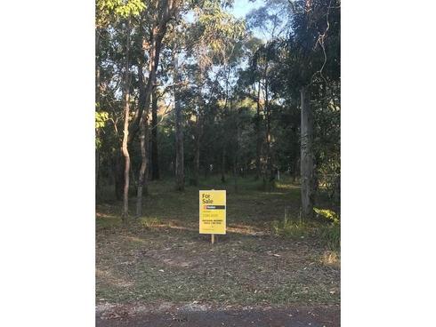 4 Pindarri Street Lamb Island, QLD 4184