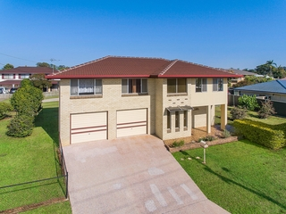 31 Arrakune Crescent Kallangur , QLD, 4503
