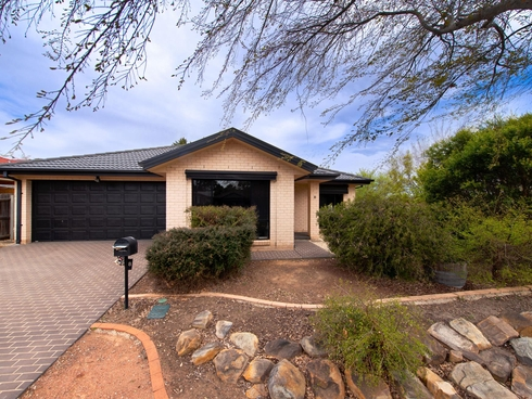 8 Mary Hall Circuit Dunlop, ACT 2615