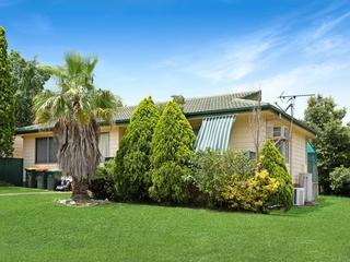 2 Saarinen Close Thornton , NSW, 2322
