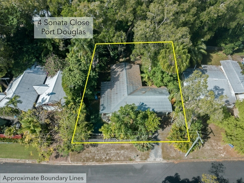 4 Sonata Close Port Douglas, QLD 4877