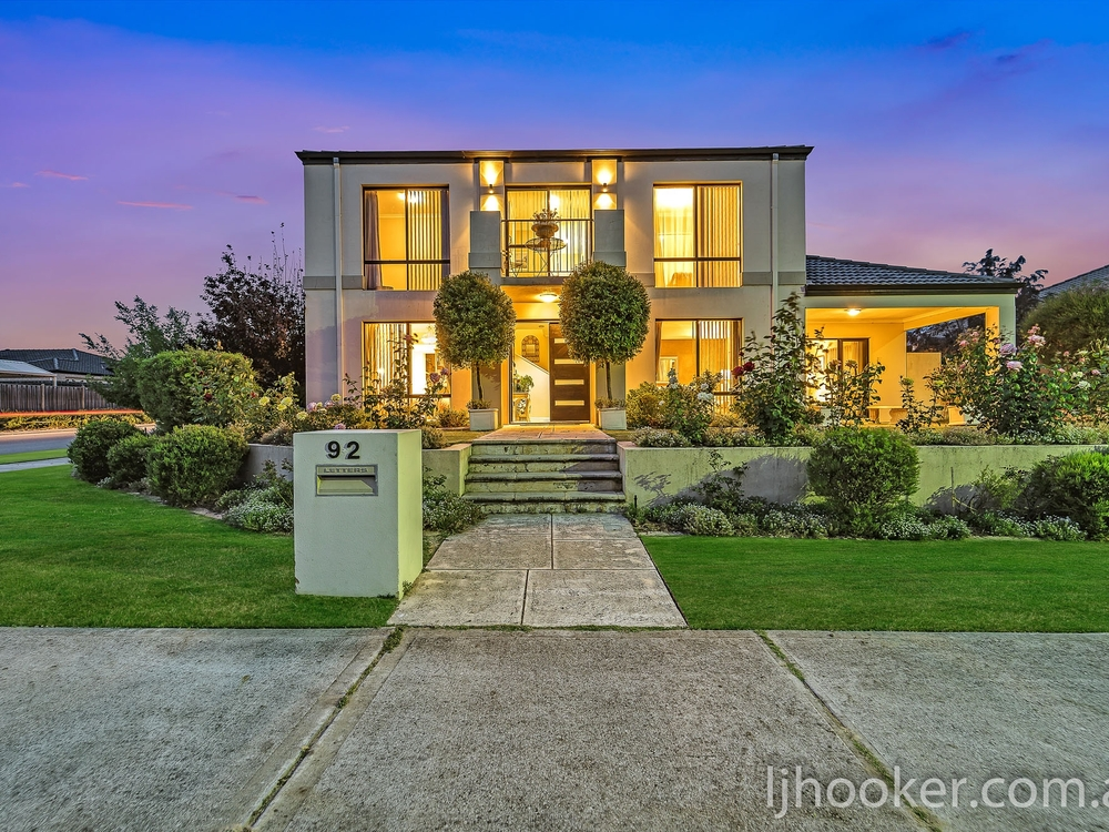 92 Sandown Circle Henley Brook, WA 6055