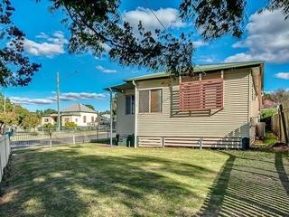 43 Mort Street North Toowoomba , QLD, 4350