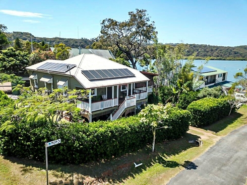 170 Canaipa Point Drive Russell Island, QLD 4184
