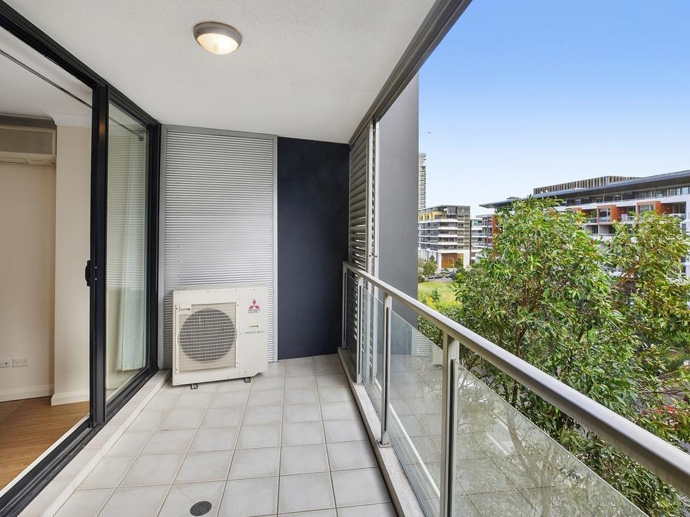 301/11a Lachlan Street Waterloo, NSW 2017