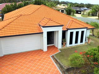 1 Bronte Place Sandstone Point , QLD, 4511