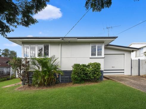 29 Ettarre Street Bracken Ridge, QLD 4017