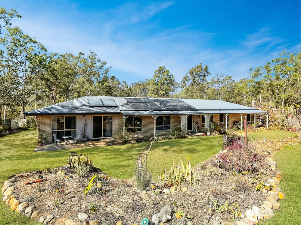 30 Andrews Crt Regency Downs, QLD 4341