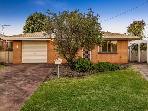 5 Barkley Court Harristown, QLD 4350