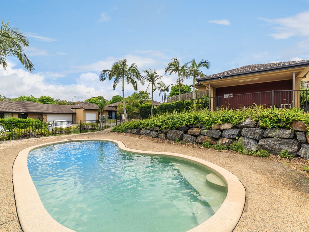 11/136 Pacific Pines Boulevard Pacific Pines, QLD 4211