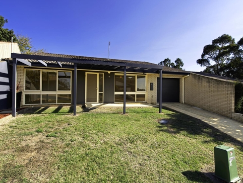 4 Brownlow Place Holt, ACT 2615