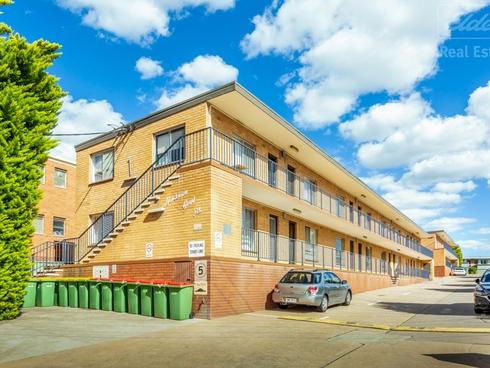 2/124 Henderson Road Queanbeyan, NSW 2620