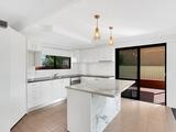 2 Albion Avenue Miami, QLD 4220