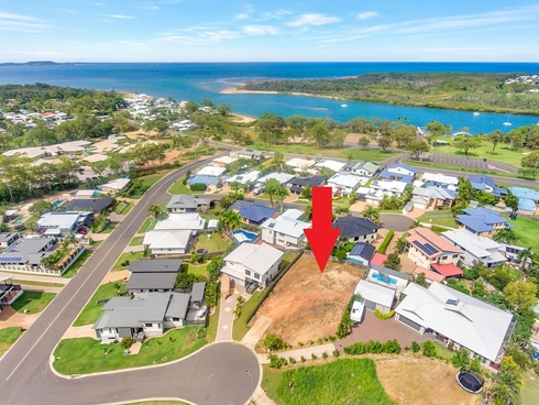 5 Danielle Court Boyne Island, QLD 4680