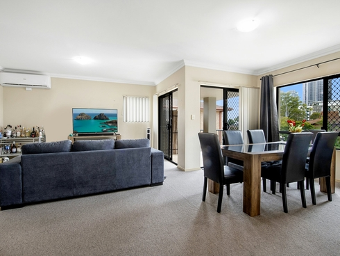 12/25 Chester Terrace Southport, QLD 4215