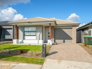 37 Cain Avenue Gregory Hills , NSW, 2557