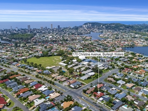 170 Christine Avenue Burleigh Waters, QLD 4220