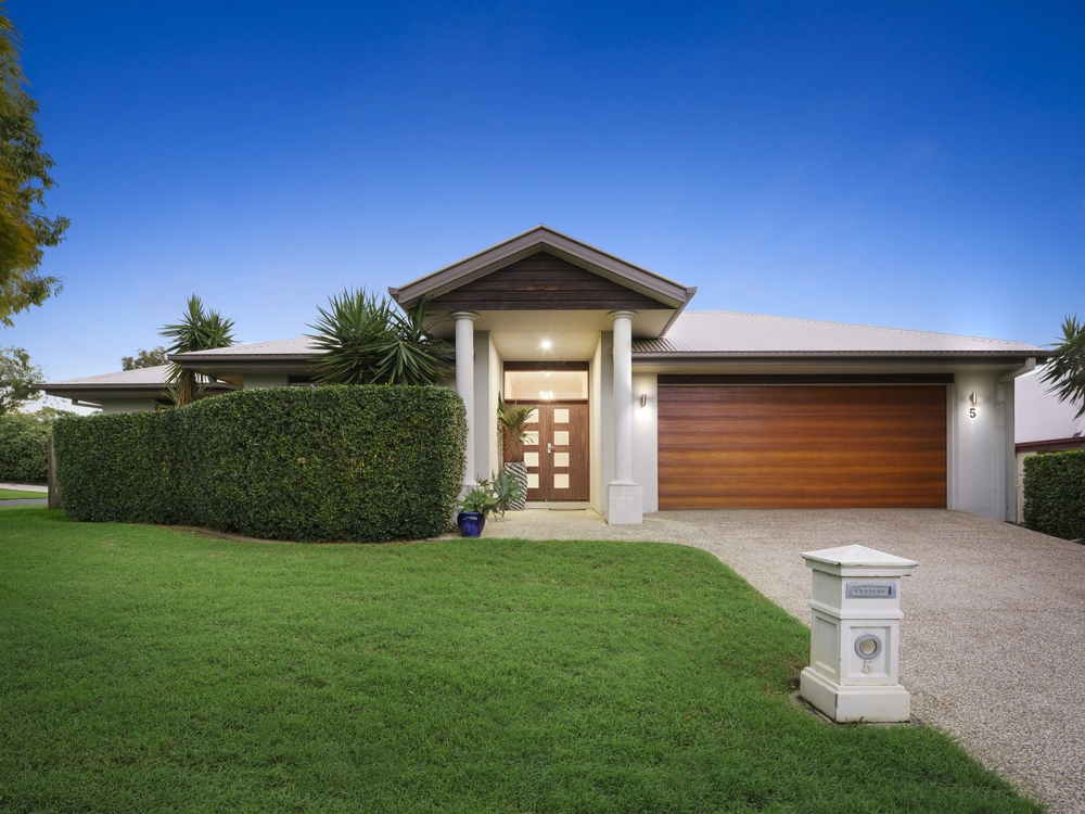 5 Beau Geste Place Coomera Waters, QLD 4209