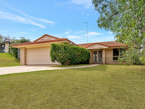 75 Santa Isobel Boulevard Pacific Pines, QLD 4211