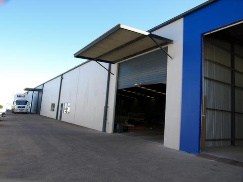Warehouse 2/207 McDougall Street Wilsonton, QLD 4350