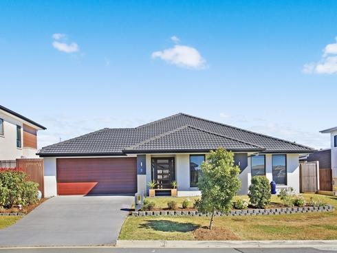 8 Kinglake Crescent Pimpama, QLD 4209