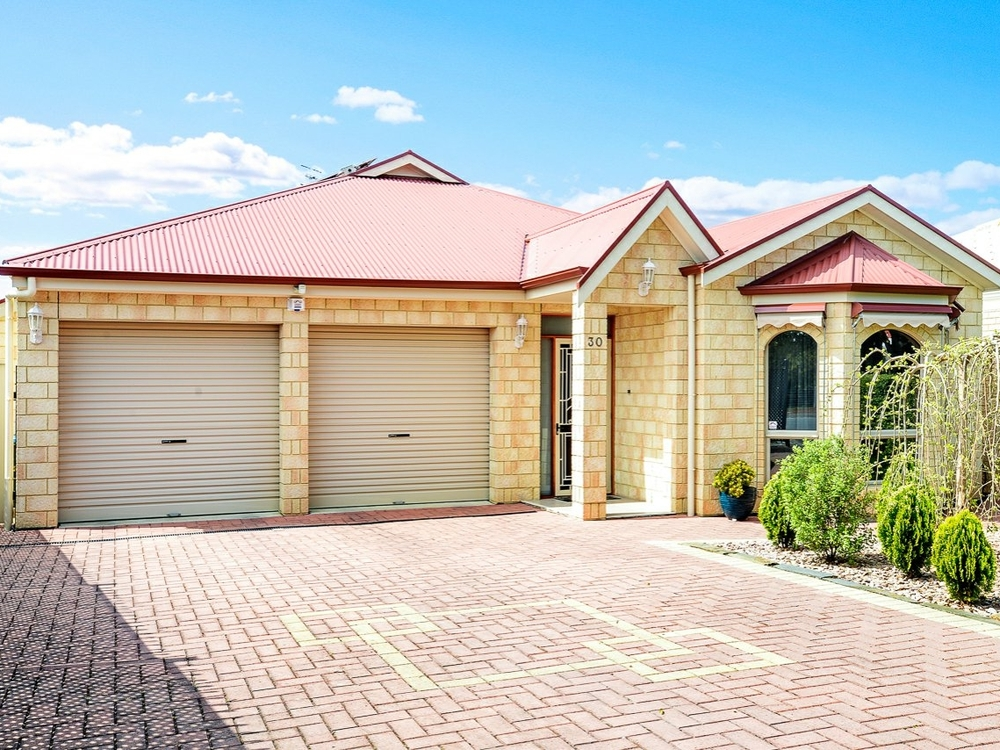 30 Victor Avenue Encounter Bay, SA 5211