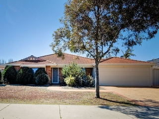 15 St Stephens Crescent Tapping, WA 6065