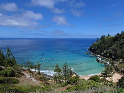 86 Duncombe Bay Road Norfolk Island, NSW 2899