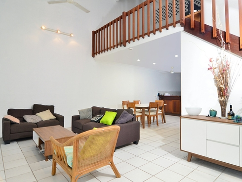 1 Nirvana/25 Langley Road Port Douglas, QLD 4877