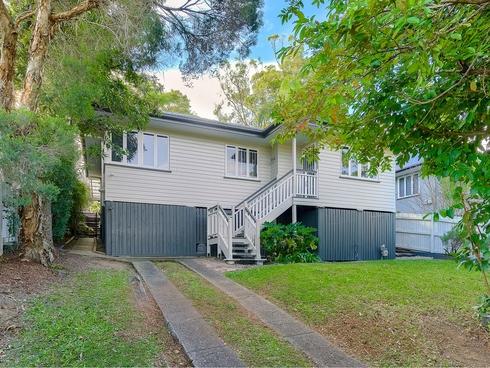 49 Wilgarning Street Stafford Heights, QLD 4053