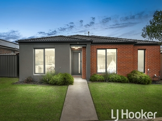 1 Nikolai Place Clyde North , VIC, 3978