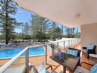 5/30-40 The Esplanade Burleigh Heads , QLD, 4220