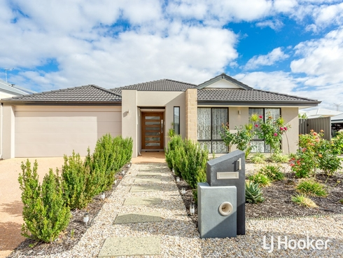 1 Topiary Avenue Piara Waters, WA 6112