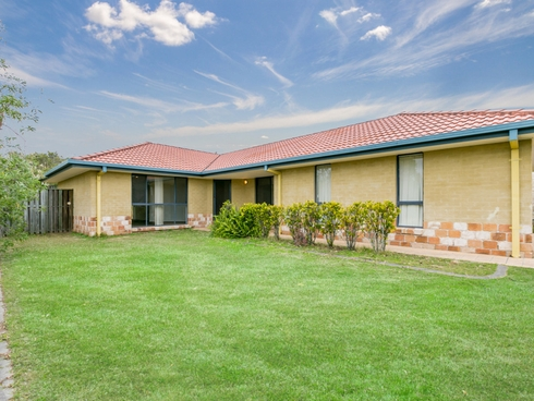 2 Fanning Court Pacific Pines, QLD 4211